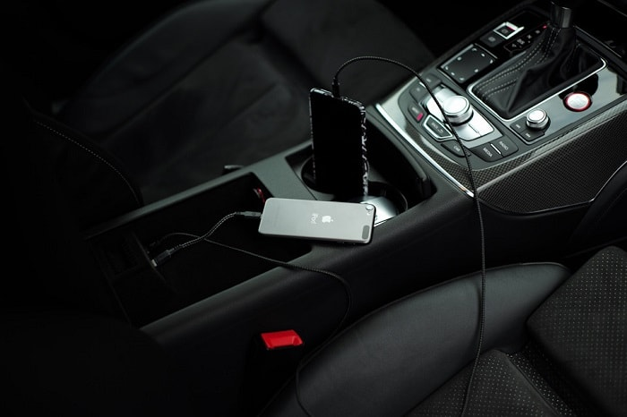 Разъем Audi Music Interface